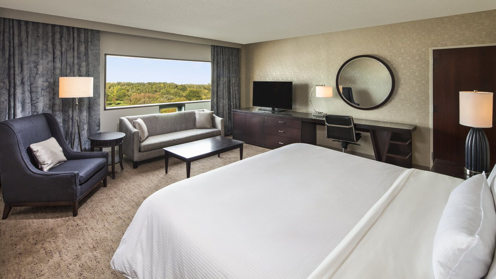 Junior Suite | The Westin Southfield Detroit