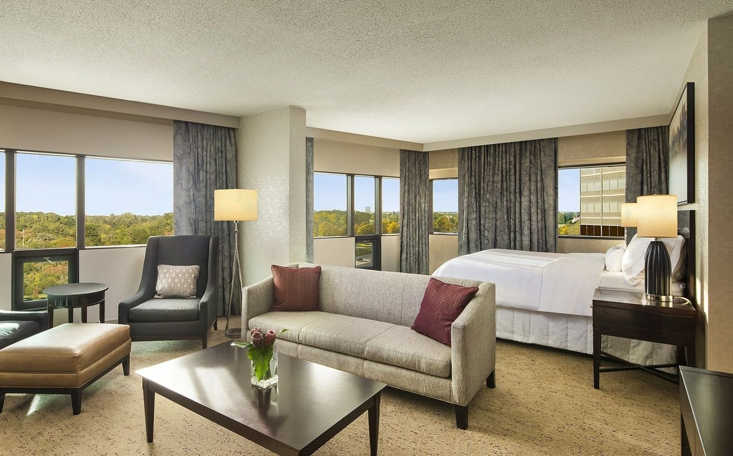 Deluxe Junior Suite | The Westin Southfield Detroit
